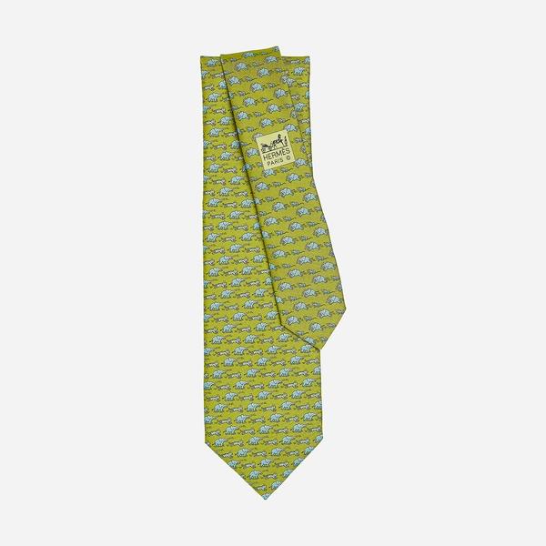 爱马仕大象领带  图片源自品牌