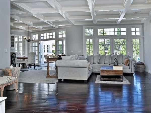 傻脸娜的豪宅  图片源自luxurytrump.com