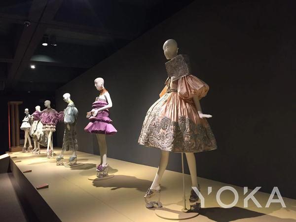 郭培高定作品《童梦奇缘》系列  图片来自YOKA
