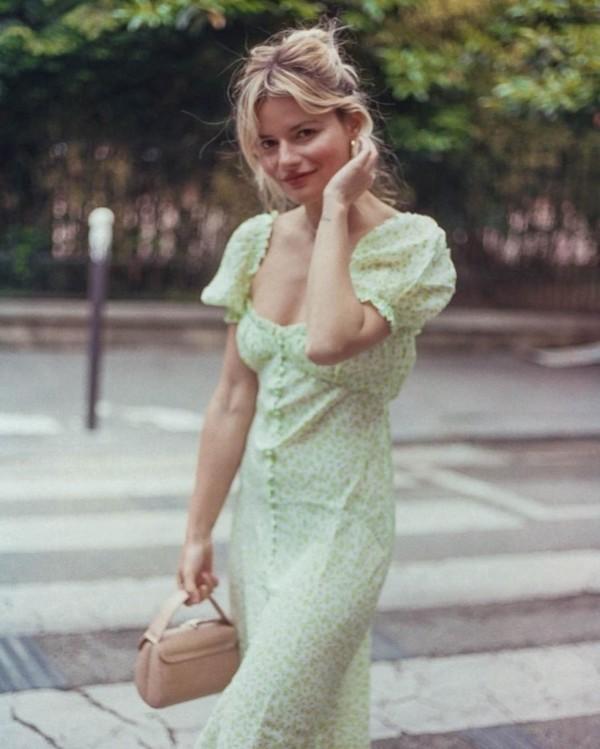 今夏最火的爱心领 穿起来这么甜!