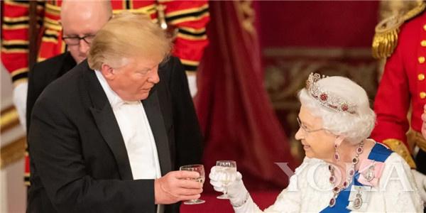 英女王(图片来源于ZNBC)