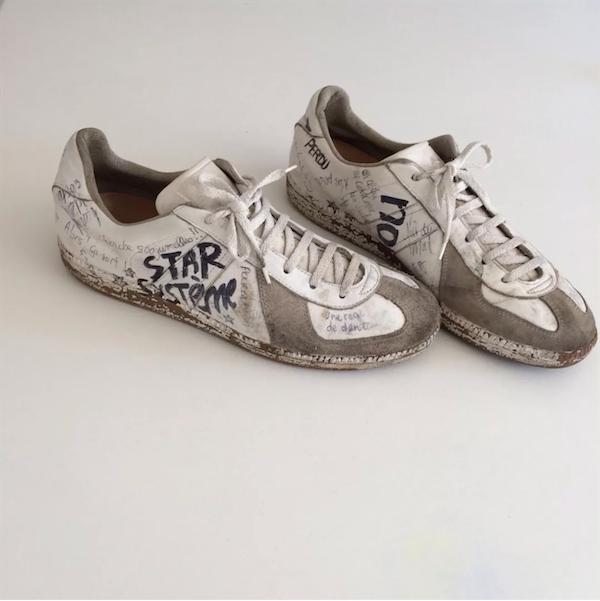 每一双鞋的涂鸦都是独一无二 图片来源:pinterest.com