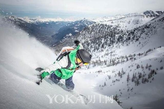 单板滑雪运动员matt annetts完美诠释#dontcrackunderpressure#(无惧挑战,成就自我)的精神.