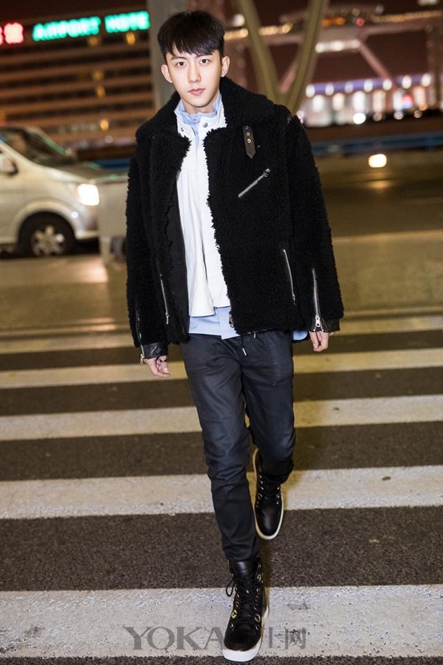 外套+外套的搭法好流行 据说穿成这样还能招桃花