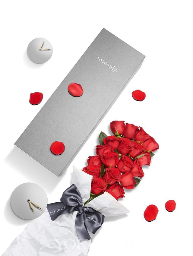 roseonly恒久真爱-小恒久朱砂鲜花玫瑰,19支 ¥1314/ 11支 ¥999。