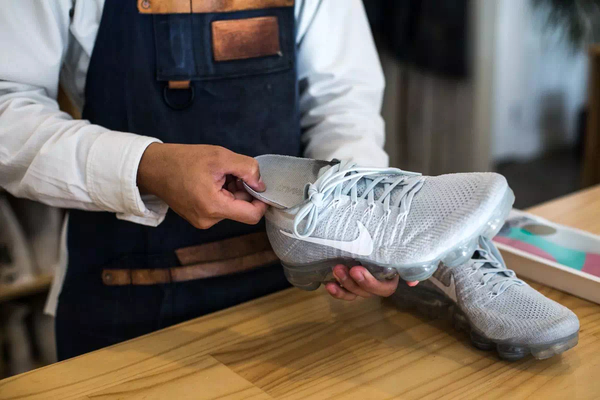 想把白球鞋穿出湘北隊的自信,你需要一些技巧